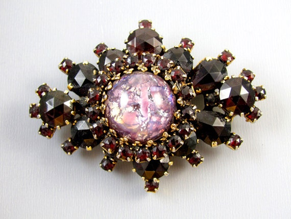 Vintage gold tone garnet rhinestone spray pin brooch pendant necklace with large foiled art glass cabochon