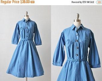 SALE 1980s Vintage Blue Dress / Full Skirt / Secretary Dress / Cotton Day Dress / Shirtwaist Dress