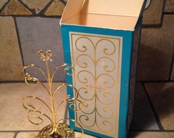 Keepsake Decanter with Field Flowers Cream Sachet by Avon