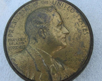 Antique Franklin D. Roosevelt Political Paperweight