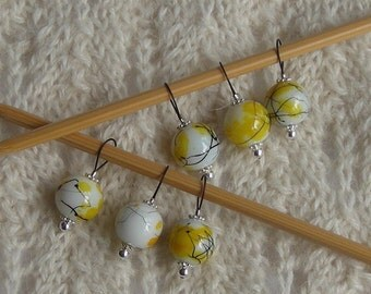 watercolor knitting stitch markers - snag free - yellow black white glass beads 12mm - set of 6 - two loop sizes available