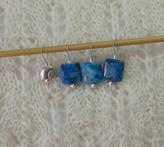 Lace Knitting Stitch Markers : Knitting Stitch Markers - Crazy Lace Agate Blue - snag free loops - 12mm squa...