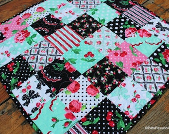 Retro Table Runner, Quilted Topper Black, Pink Black Table Runner, Retro Cherries Table Runner