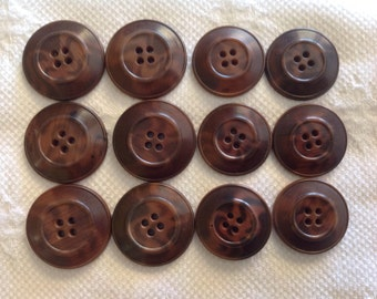 2 x 6 Vintage Vegetable Ivory Buttons in Natural Brown and Dark Brown color