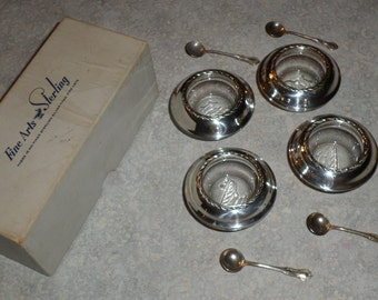 Fine Art Sterling original box set of 4 sterling silver Open Salt dish dip cellar & 4 Southern Colonial Salt Spoon