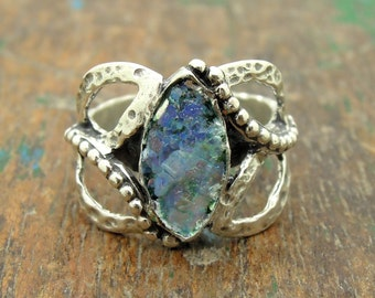 Oval roman glass ring set in a oval hammered silver ring