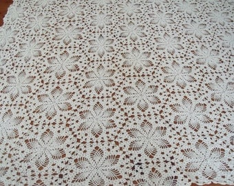 Vintage White Hand Crocheted Tablecloth , 42 x 65 in. Intricate Design