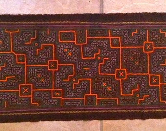 Shipibo Kene - Shipibo Textile - Hand Embroidered - Wall Hanging - Shipibo Clothing - Ayahuasca Patterns - Shipibo Shawl - Altar piece