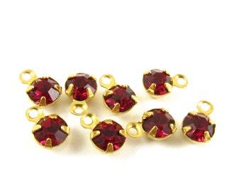 8 - Tiny Ruby Vintage Set Stones Rhinestones Swarovski Crystal Closed Back 1 Ring Brass Prong Setting 5mm
