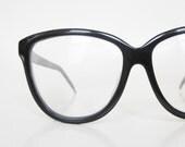Vintage Oversized Cat Eye Glasses Noir Black Eyeglasses Sunglasses Sunnies Deadstock New Old Stock NOS 1970s Liz Claiborne Femme Indie
