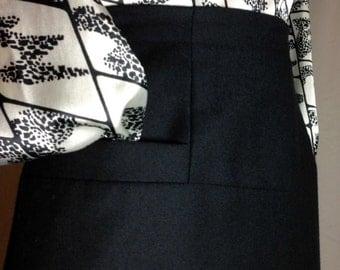 Richard Evans Black Wool Straight Skirt with Hip Pocket Detail - Size 10