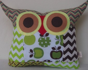 Patchwork /Green and brown /room decor/Polyfil Stuffed Apple Tree's Wishes Owl pillow/Large size /Ready to ship