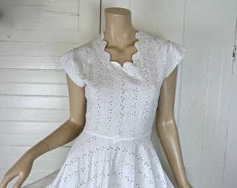 50's White Eyelet Lace Dress- 1950's Fit & Flare Cotton- Cap Sleeves, Scalloped Neckline- Pinup