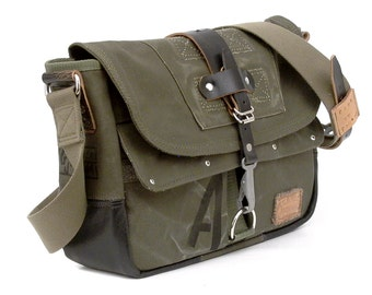 Canvas Messenger Crossbody Bag Recycled German Army Kitbag  / Upcycled & Handmade in GERMANY // Model  paul-2056 ( multiple options )