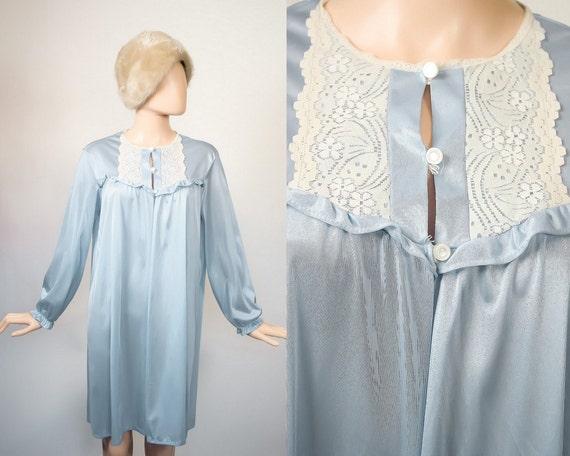 vintage 60s babydoll robe boudoir baby blue