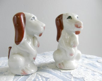 Doggy salt and pepper shakers made in Japan