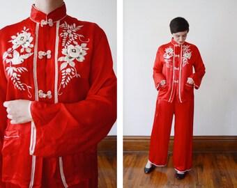 1950s Red Silk Pajamas With Bird Embroidery - M