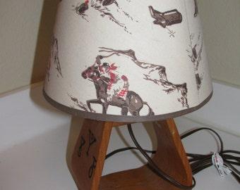 Vintage 1950's Ranch Brands Cowboy Western Cabin Decor Wood Stirrup Lamp