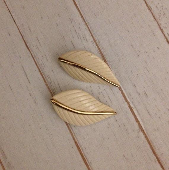 Laurel Burch Clip On Earrings - White Leaves - Vintage - Gold Tone - 1970s