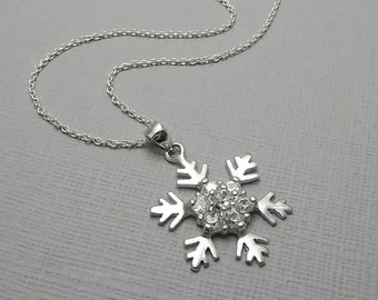Snowflake Necklace, Sterling Silver Snowflake Necklace, Personalized Snowflake Bridesmaid Necklace, Winter Wedding Necklace, Bridesmaid Gift