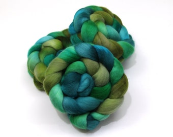 Polwarth Wool Roving (Combed Top) - Hand Dyed Roving for Felting or Spinning