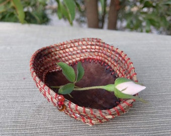 """RESERVED until 16th of Feb. Basket hand woven from desert grass, eucalyptus wood & the love for the land - """"being mindful"""""""