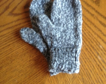 Gray Tweed Wool Mittens