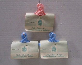 Choice Set Vintage New Old Pink and Blue Pastel Dolly's Plastic Hangers, Priemier Doll Accessories Set of 5  Barbie Doll sized, Unopened