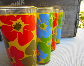 Vintage Mod Flower Tumbler Glasses
