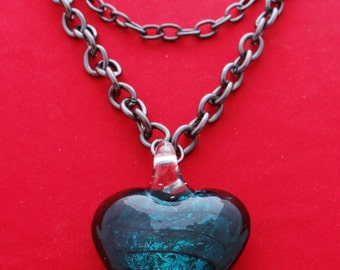 """Vintage 18"""" 3 strand dark silver tone necklace with 2"""" blue glass heart pendant in great condition"""