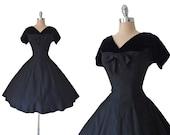 Vintage 1950s Black Bombshell Wool Blend and Velvet Full Skirt Cocktail Party Dress M