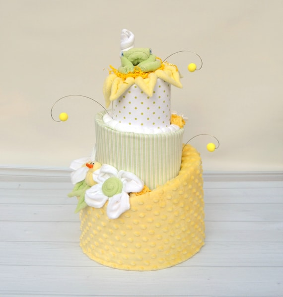Diaper Cakes, Gender Neutral Baby Gifts, Yellow and Green Baby Shower, Shower Decor Neutral, Frog Diaper Cake, Duck Diaper Cake, Shower Gift