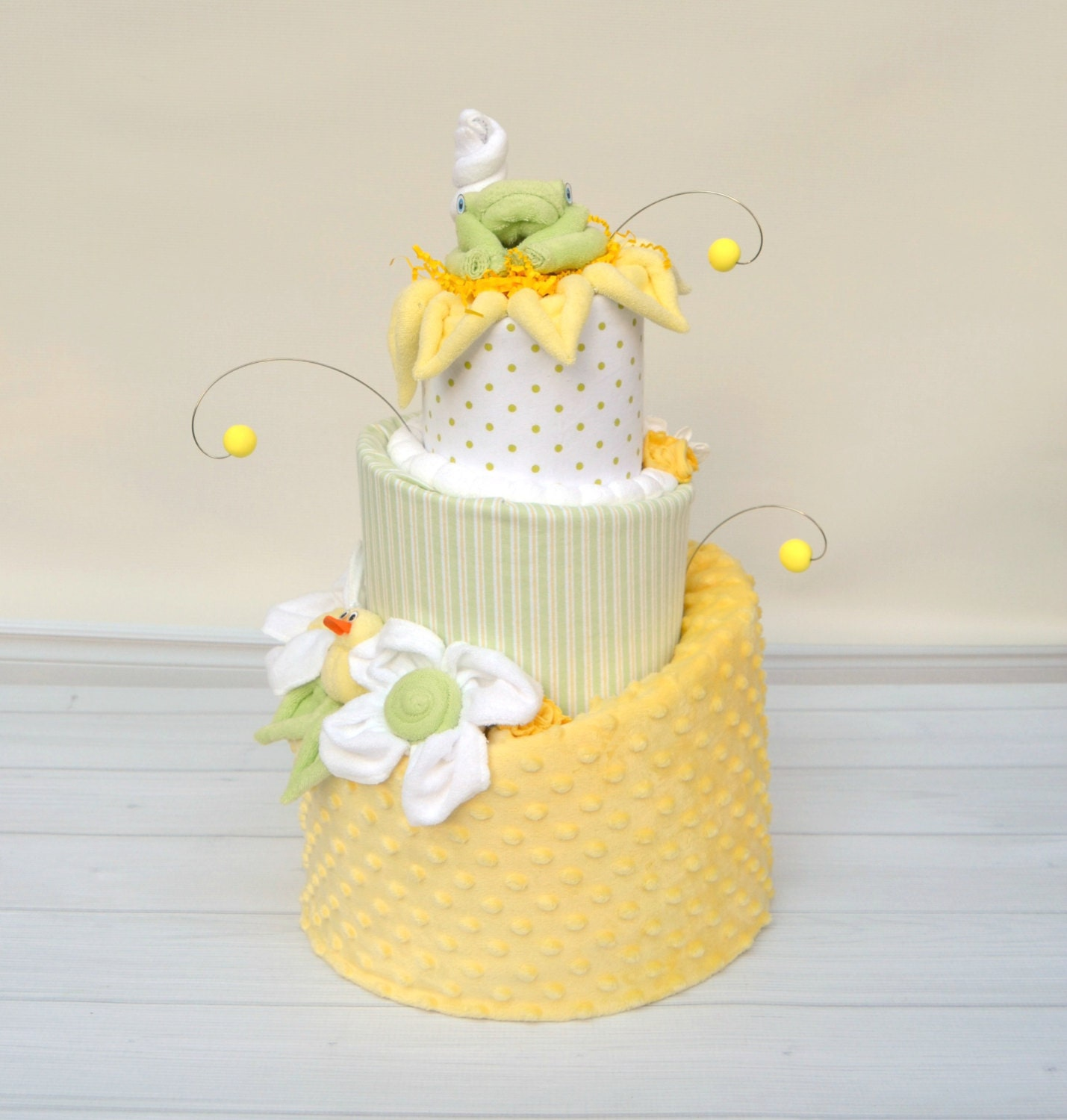 Green Baby Gifts Uk : Diaper cakes gender neutral baby gifts yellow and green