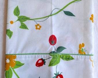 Vintage Pillowcase - Strawberries and Yellow Blossoms - Standard Size