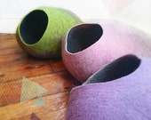 Summer Sale Cat Cave / cat bed - handmade felt - the Pastel collection - S,M,L,Xl + free felted balls
