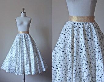 50s Skirt - Vintage 1950s Skirt - Novelty Print Flocked Taffeta Gold Lame Top Hats Canes Circle Skirt S - Abracadabra Skirt