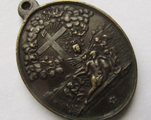 French Virgin Mary Sorrowful Mother And Jesus At The Cross 1080 Indulgences Antique Religious Medal     SS454