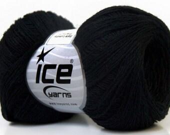 Knitting  yarn, Destash yarn, Black, light fingering, lace weight, Y224