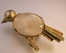 BIGGEST SALE of the Year Vintage Bird Quartz Stone Jelly Belly Pin Brooch 1960s Costume Jewelry Jewellery