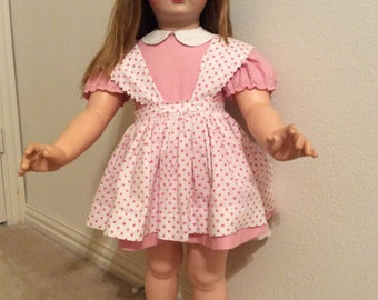 Vintage Madame Alexander Janie/Collectable/ original pink dress/blonde straight hair