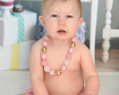 Pink and Gold Bubblegum Necklace, Gold and Pink Chunky Necklace, Girls Jewelry, Bubblegum Necklace, 1st Birthday Chunky Necklace, Photo Prop