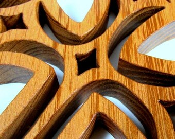 Cross / Diamond Design / MID SIZE 7 inch / Locust Wood