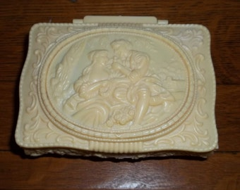 Footed Jewelry trinket Box with Mirror ,Mid Century in Victorian style Good condition, loving Renaissance Couple courting Scene