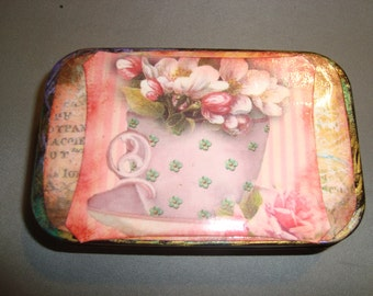 Tea ALTERED ALTOIID TIN,  Gift Box, Treasure Box, Gift, Recycled, Upcycled, Repurposed