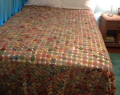 GREAT DEPRESSION ERA 1930s YoYo Quilt Floral Patchwork Blanket, full / queen size