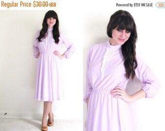 ON SALE Lavender Dress / Vintage Day Dress