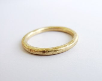 Rough Rugged and Rustic. 14K Yellow Gold Textured Band. Organic Gold Ring. Hand Shaped Unpolished Unisex Recycled Gold Wedding Band.