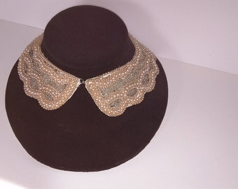 Vintage 1950 Pearl Collar - Peter Pan Collar - A Top Hit Fashion - BAAR & BEARDS , INC