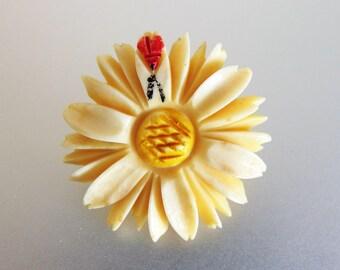 Darling Vintage 1930's Carved Daisy & Bug Brooch Pin