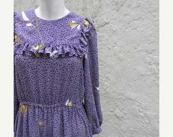 ON SALE vintage.70s Purple Flowy Dress / S to M